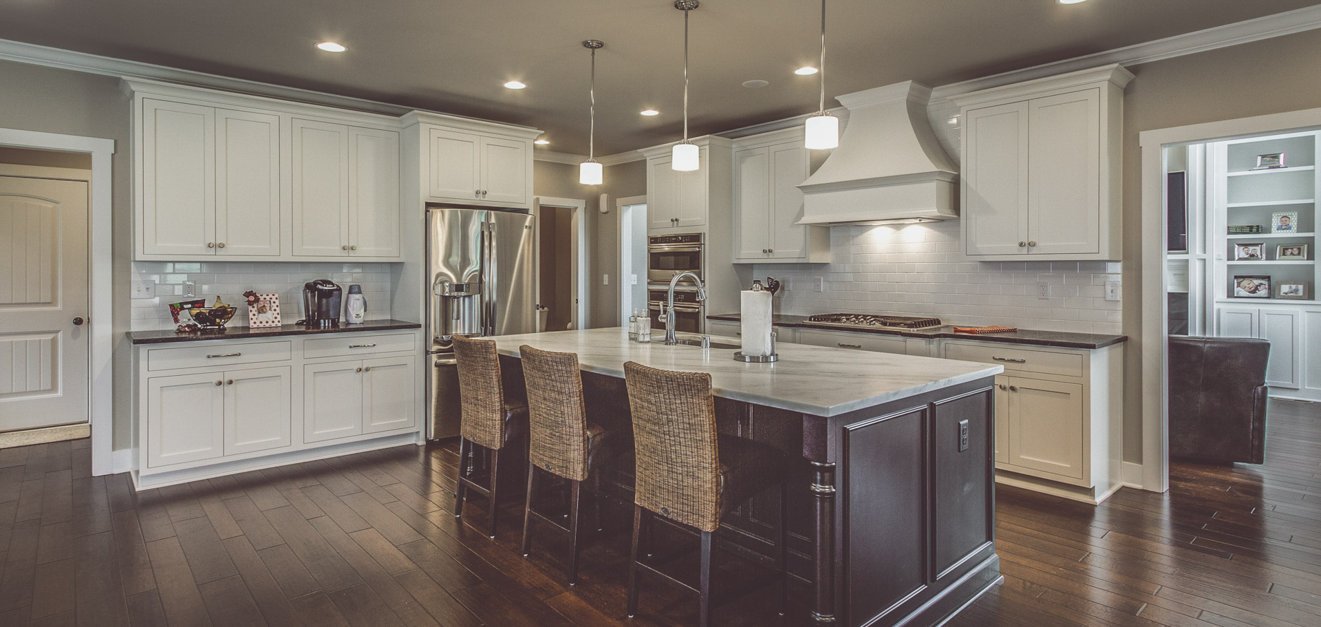 Custom Home Builder located in Louisville KY, Bentley Homes and Construction.