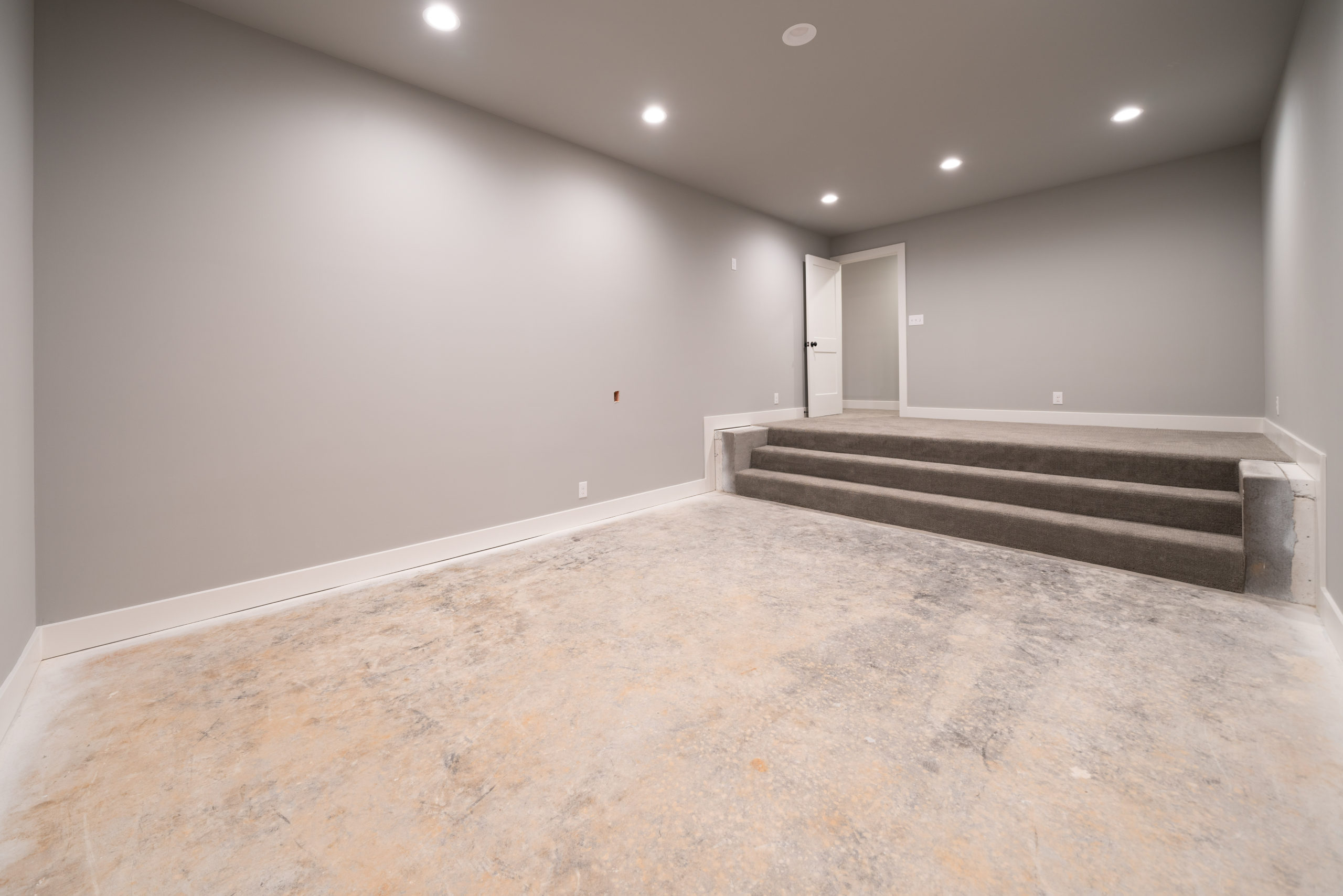 step down in finished basement