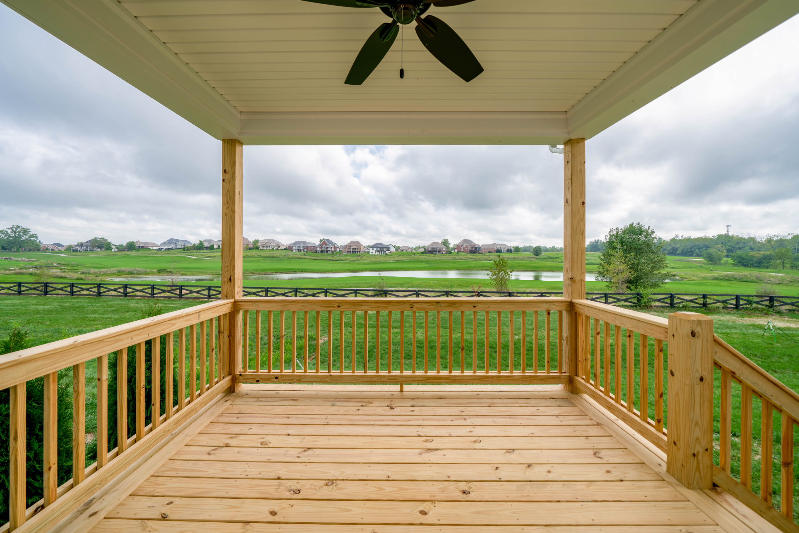 backporch deck with ceiling fan